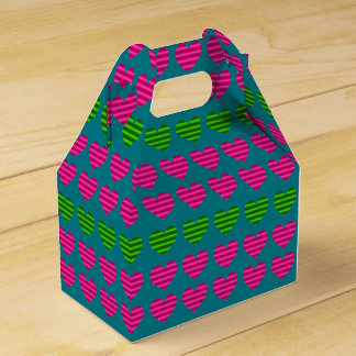 Pink and Green Gradient Hearts Favour Boxes
