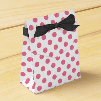 Pink and white polka dots favour box
