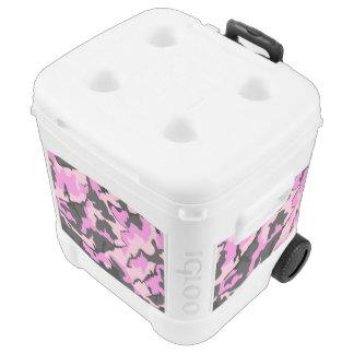 Pink Camo, Igloo 60 quart Igloo Rolling Cooler