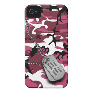 Pink Camo w/ Dog Tags iPhone 4 Cover
