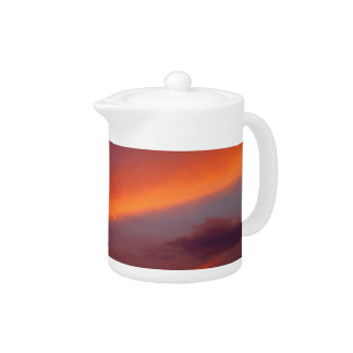 Pink cloud design teapot