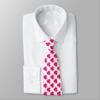 Pink clover and shiny flowers tie
