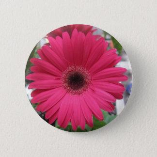 Pink Daisy 6 Cm Round Badge
