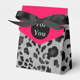 """Pink & Gray Leopard Print"" Favour Box"