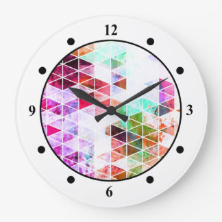 Pink Grungy Triangle Design Wallclock