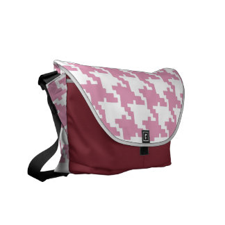 Pink hound's-tooth cloth commuter bag