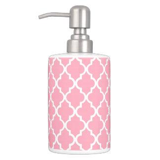 Pink Quatrefoil Tiles Pattern Bathroom Sets