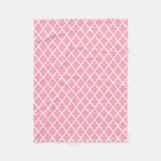 Pink Quatrefoil Tiles Pattern Fleece Blanket