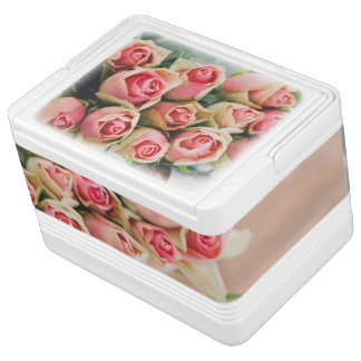 Pink Roses in a Basket Igloo Cool Box