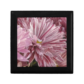 Pink striped flower small square gift box