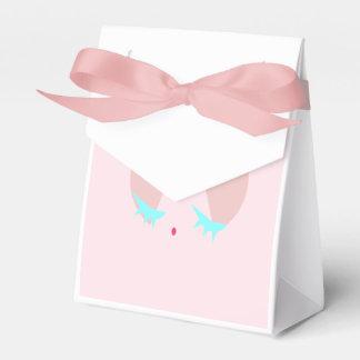 Pink Sugary Kiss Favour Box