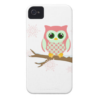 Pink winter owl iPhone 4 cover
