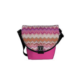 Pink zigzag background courier bag