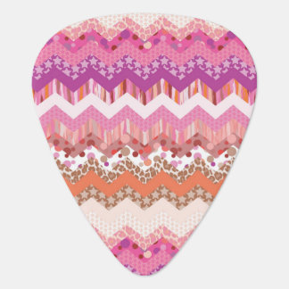 Pink zigzag background plectrum