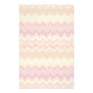 Pink zigzag background stationery