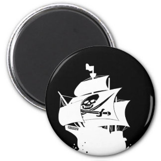 Pirate Ship 6 Cm Round Magnet