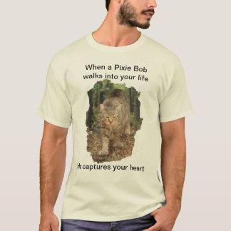 Pixie Bob cat walks into your life photo t-shirt. T-Shirt
