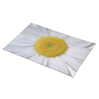Placemat - New Daisy on Off White