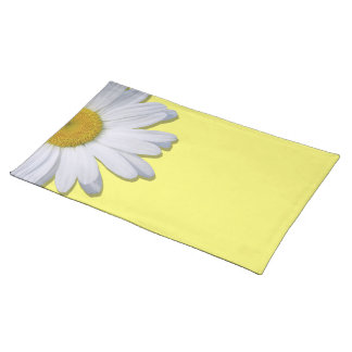Placemat - New Daisy on Yellow