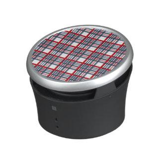 Plaid pattern bluetooth speaker