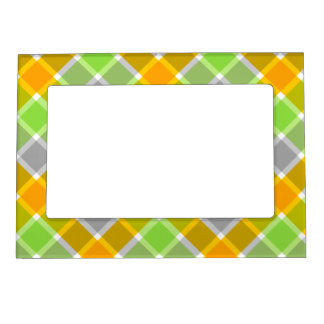 Plaid Pattern magnetic frame