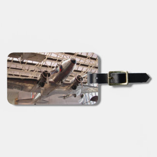 Planes in show luggage tag