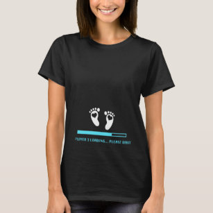 91671684 Player 3 Loading - Gaming Pregnancy Announcement T-Shirt