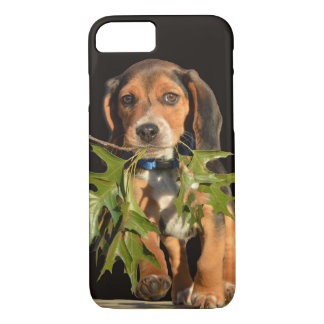 Playful Beagle Puppy With Leaves iPhone 8/7 Case