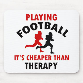 playing american footbal mouse pad