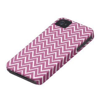 Plum purple whimsical zigzag chevron pattern Case-Mate iPhone 4 cases