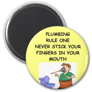 plumbing joke 6 cm round magnet