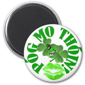 Pog mo thoin 6 cm round magnet
