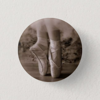 Pointe shoes sepia 3 cm round badge