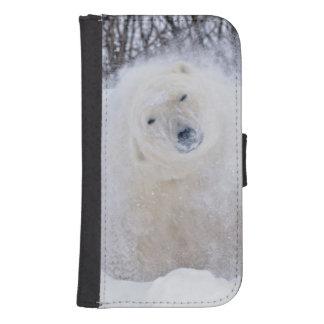 Polar bear shaking snow off on frozen tundra samsung s4 wallet case