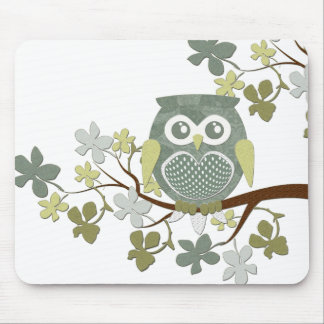 Polka Dot Owl in Tree Mouse Mat