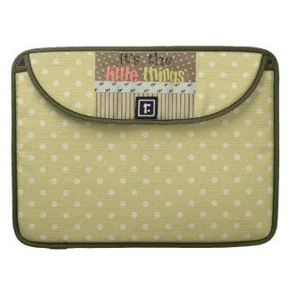 Polka Dots Rickshaw Macbook Pro 15 Laptop Sleeve Sleeve For MacBooks
