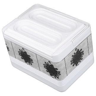 Pollen Heart Igloo Cool Box