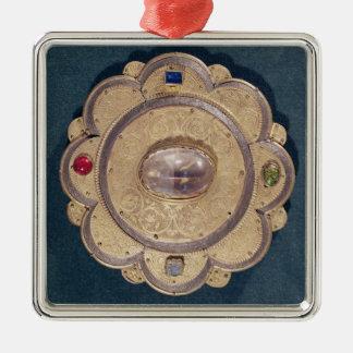 Polylobed reliquary, 13th century Silver-Colored square decoration
