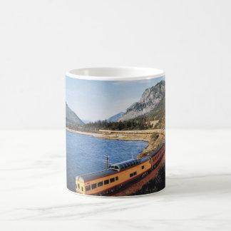 Portland Streamliner, Columbia River Gorge Vintage Coffee Mugs