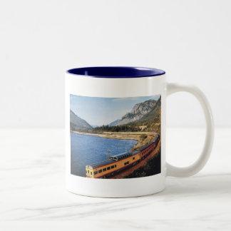 Portland Streamliner, Columbia River Gorge Vintage Coffee Mug