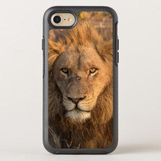 Portrait of a Male Lion OtterBox Symmetry iPhone 8/7 Case