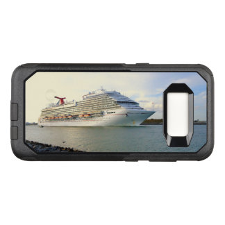 Portrait of a Passing Cruise Ship OtterBox Commuter Samsung Galaxy S8 Case