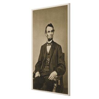 Portrait of Abraham Lincoln (1809-65) (b/w photo) Canvas Print