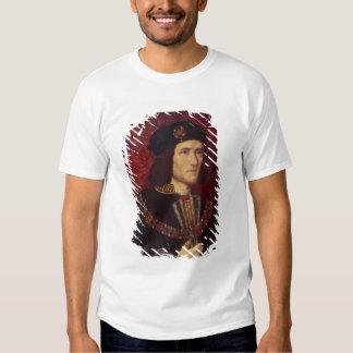 Portrait of King Richard III T Shirts