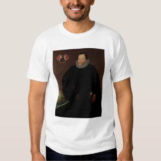 Portrait of Sir Francis Drake  1591 Shirts