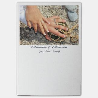 Post-it photo marriage hands alliances beach sea post-it® notes