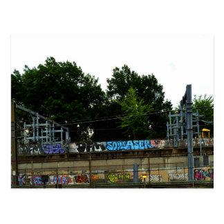Postcard PHOTOGRAPH OF GRAFFITI