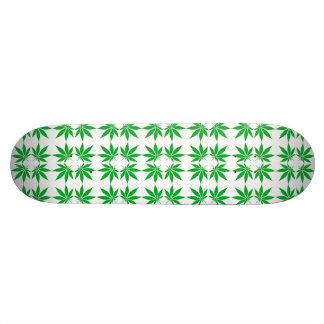 """""""Pot Leaf"""" skateboard"""