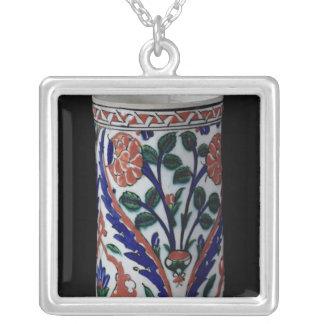 Pot with a floral decoration, Iznik Pendants