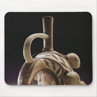 Pottery vessel of a frog climbing a cocoa tree mouse mat